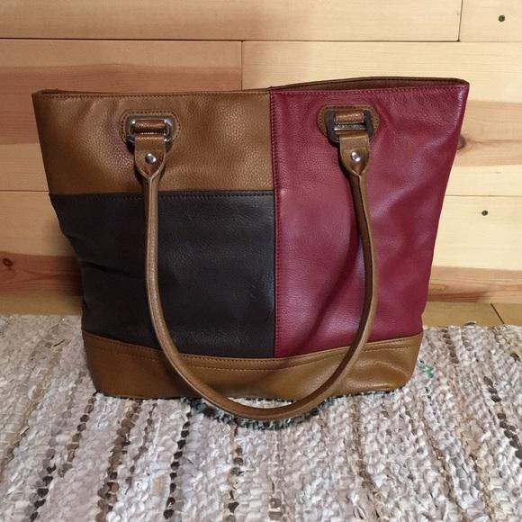Tignanello Handbags - Tignanello Tote
